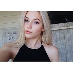"""hi... my name is Rosie and I'm 16... I'm really shy and insecure.. And yeah, there's nothing else about me..."" [ gtfosage ]"