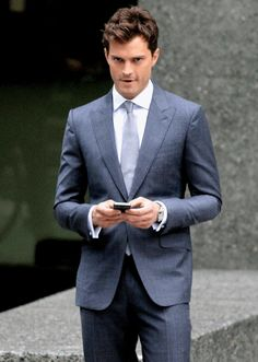 """cg-gandy-dornan: meetfiftyshades: Jamie Dornan suits up to reshoot scenes for """"Fifty Shades of Grey"""" in Vancouver, Canada (October 13th, 2014) Unf robsessed1123"""