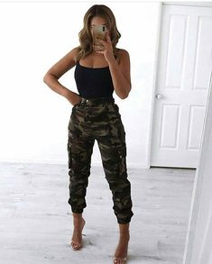 Female look - looks- Weiblicher Blick – Looks Female look – looks - Mode Outfits, Night Outfits, Spring Outfits, Fashion Outfits, Womens Fashion, Camo Fashion, Fashion Fall, Cute Casual Outfits, Simple Outfits