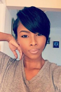 Get one of the loveliest natural hairstyles for short hair/ ❤ See more: http://lovehairstyles.com/natural-hairstyles-for-short-hair/ Short Black Hairstyles, Pixie Hairstyles, Easy Hairstyles, Hairdos, Short Sassy Hair, Short Hair Cuts, Short Hair Styles, Pixie Styles, Curly Wigs
