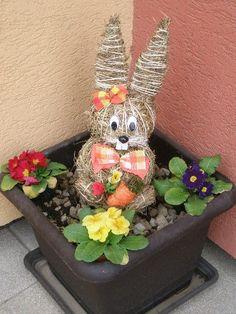 Výsledek obrázku pro velikonoční výzdoba na stůl Valentines Flowers, Valentine Day Gifts, Easter Egg Crafts, Easter Eggs, Easter Table Decorations, Romantic Gifts, Special Gifts, Best Gifts, Planter Pots