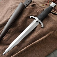 Chevalier Medieval Dagger - French Late 15th Century - GDFB