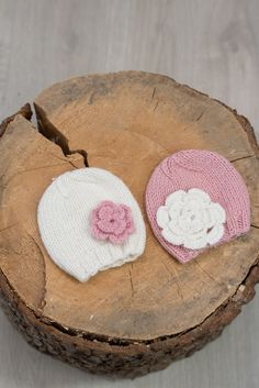 Baby Knit Hat, Baby Hat, Baby Winter Hat, Baby Hat With Flower by DandelionWoolDesign on Etsy Baby Hat Patterns, Knit Patterns, Newborn Knit Hat, Baby Winter Hats, Quick Crochet, Baby Knits, Pink Hat, Types Of Yarn, Newborn Gifts