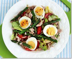 spárgás tonhal saláta