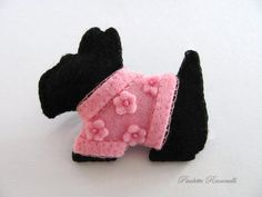 Embroidery Felt Scotty Dog Pin..cute little pink sweater