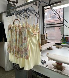 Student Fashion, School Fashion, My Goal In Life, Eastern Dresses, Urban Outfitters Clothes, Brooklyn Baby, Future Fashion, Fashion Company, Industrial Style