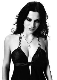 Cristina Scabbia pictures and photos Chica Heavy Metal, Heavy Metal Girl, Cristina Scabbia, Vampires, Devon, Musica Metal, Lacuna, Ladies Of Metal, Rock Queen