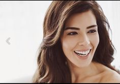 <3 <3 Hatice Sendil, Turkish Beauty, Turkish Actors, Bellisima, Gun, Hairstyle, Eyes, Woman, Celebrities