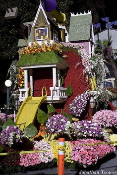 Rose Parade....Beautiful,Fabulous Pasadena,California!