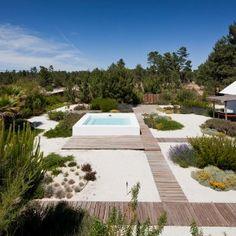 Garden in Comporta by Topiaris Landscape Architecture