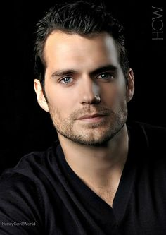 Henry Cavill photo edit via Henry Cavill World (HCW) Most Beautiful Man, Gorgeous Men, Beautiful People, Outfits Casual, Mode Outfits, Henry Cavill, Henry Superman, Love Henry, Guy Henry