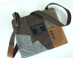 Recycled Crossbody Purse iPhone Purse pocket Zipper Purse Wool handbag Winter purse Clutch Bag Wool Eco Friendly Tote bag, messenger bag
