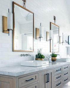 Bathroom Backsplash Idea and Picture. 20 Bathroom Backsplash Idea and Picture. Bathroom Trends, Chic Bathrooms, Amazing Bathrooms, Bathroom Interior, Bathroom Ideas, Bathroom Makeovers, Rustic Bathrooms, Design Bathroom, Bathroom Organization