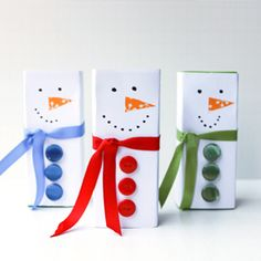 Surprise your kids by turning their juice box into a cute little snowman!