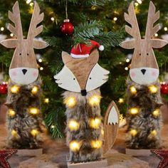 Christmas Wood Crafts, Christmas Toys, Christmas Projects, Xmas, Holiday Ornaments, Christmas Tree Decorations, Holiday Decor, Christmas Is Coming, Decor Crafts