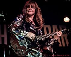 Guitar Girl Magazine Best Female Guitarists, Girl Guitar Player Magazine & Blog » Chatting with Kristin Pinell of The Grip Weeds; A Woman with a Guitar with Men