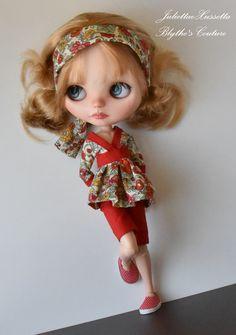 Blythe waiting for summer by JuliettaeXussetta http://www.ebay.com/usr/juliettaexussetta