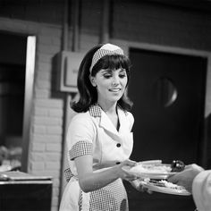 THAT GIRL - 'What's In a Name' - Shoot date August 27, 1965. (Photo by ABC Photo Archives/ABC via Getty Images) MARLO THOMAS via @AOL_Lifestyle Read more: https://www.aol.com/article/entertainment/2018/03/07/marlo-thomas-then-and-now-see-the-that-girl-star-through-the-years/23379854/?a_dgi=aolshare_pinterest#fullscreen