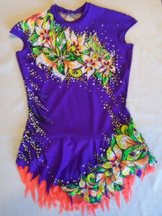 Summer leotard for rhythmic gymnastics by alwaysagoodprice