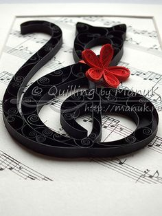 Quilled G Clef Cat - Side View.  Two things I love, music and cats!