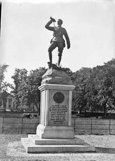 Royal Irish Fusiliers Boer War Memorial on The Mall in Armagh. Life Touch, African States, Armagh, Over The Hill, Trumpets, My Land, Irish Dance, Military History, Northern Ireland