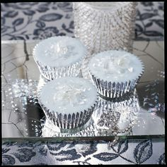 All that Glitters : Sparkly Diamond Cupcakes