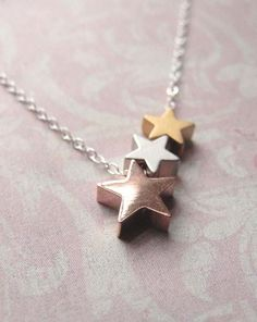 Tri color star necklace