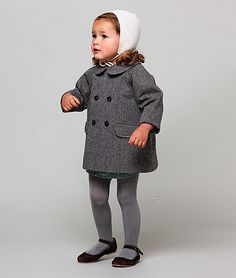 Girl's winter outfit - Grey wool coat, bonnet, mary janes - Nicoli