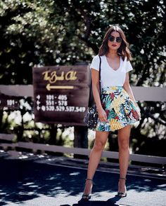 "119.5k Likes, 542 Comments - Camila Coelho (@camilacoelho) on Instagram: ""Gorgeous day in the prettiest skirt by @patbo_us @patriciabonaldi #MeetPatBo ---------- Dia lindo…"""
