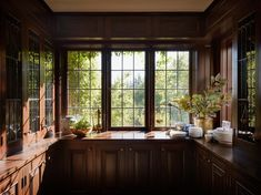 From kitchens to living rooms and beyond, learn inspiration with the most effective 60 most readily useful log cabin interior design ideas. Examine great hill retire homes. Cabin Interior Design, Interior Design Inspiration, Design Ideas, Farmhouse End Tables, Window Air Conditioner, Cabin Interiors, Inside Design, Farmhouse Interior, Family Room