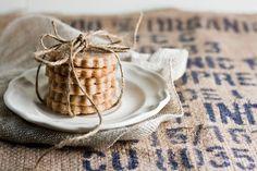 hummingbird high    a desserts and baking blog: Homemade Honey Graham Crackers