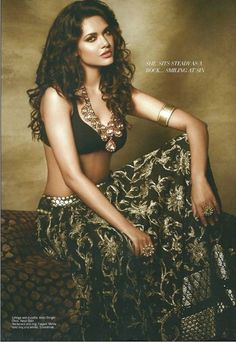 Love the necklace and lehenga