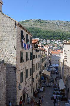 A walk on the Walls of #Dubrovnik, #Croatia via @anekdotique
