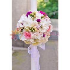 lumanari de nunta din hortensie alba, hypericum alb si trandafirasi Glass Vase, Home Decor, Decoration Home, Interior Design, Home Interior Design, Home Improvement