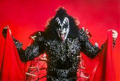 Kiss Images, Kiss Pictures, Gene Simmons Kiss, Kiss Members, Vinnie Vincent, Eric Carr, Peter Criss, Kiss Photo, Best Kisses