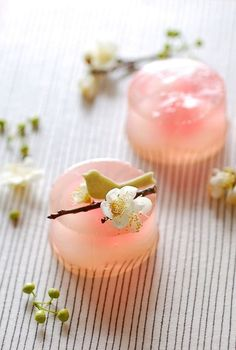 Japanese Sweets, Japanese Dishes, Japanese Candy, Japanese Wagashi, Japanese Food Art, Japanese Rice, Cute Desserts, Dessert Recipes, Spring Desserts