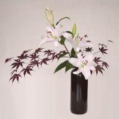 Du ton sur ton pour cette composition à base de fleurs de #lys. Image partagée par www.beaute-sante-en-tase.fr