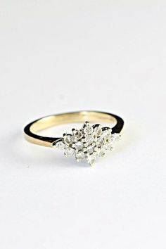 Diamond engagement ring in 9ct gold diamond cluster wedding ring vintage 1980's…