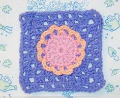 SmoothFox Crochet and Knit: SmoothFox's Flower Child Granny Square 6x6 - Free Pattern