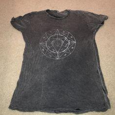 Tshirt Brandy Melville Compass shirt Brandy Melville Tops Tees - Short Sleeve