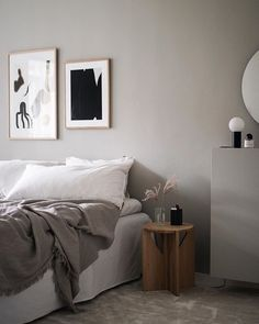 godmorgon lördag! Strax blir det frukost på stan med ett par vänner i hemstaden och sen ska jag möta upp min bror för att prova ut… Home Decor Bedroom, Modern Bedroom, Interior Design Living Room, Hygge Home, New Room, Room Inspiration, Home Office, Home Furnishings, Furniture Design