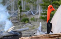 The Le Duck - a compact multi-carry utility #knife that's perfect for wherever your #adventure takes you. #outdooredge #oeknives #getoutdoors #hike #hunt #camp #fish #outdoors