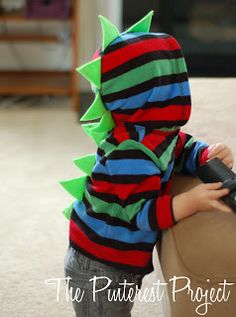 DIY Dinosaur Hoodie. My son would love me for this:)