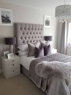 This is a Bedroom Interior Design Ideas. House is a private bedroom and is usually hidden from our guests. However, it is important to her, not only for comfort but also style. Much of our bedroom … Glam Bedroom, Teen Bedroom, Home Decor Bedroom, Modern Bedroom, Bedroom Furniture, Girl Bedrooms, Silver Bedroom, Chic Bedroom Ideas, Adult Bedroom Ideas