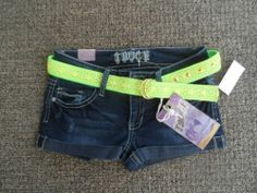 NWT Truce Jeans Shorts Juniors Sz 9 Low Rise Distressed stud Denim Belt pants