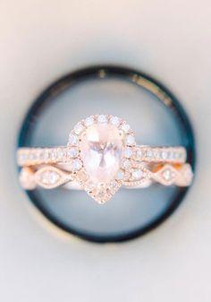 Pear cut halo setting engagement ring,Pear cut halo setting rose gold engagement ring,tear drop halo setting engagement ring,engagement ring,rose gold engagement ring