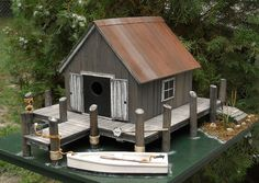 Crab Shanty Birdhouse