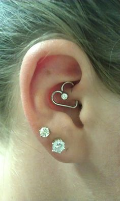 I HAVE THIS!!! Sooo cute & girly. Love it!! MATT: Master Piercer and Ordained Minister at The Pin Cushion in Plymouth, MA.