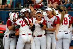 Oklahoma Sooners 2 - Auburn Tigers 1 - OU Women's College World Series Champioins 2016