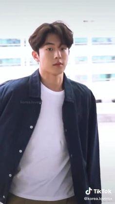 Nam Joo Hyuk Abs, Nam Joo Hyuk Cute, Joon Hyuk, Jungkook Abs, Kim Taehyung Funny, Bts, Korean Drama Funny, Korean Drama List, Weightlifting Kim Bok Joo